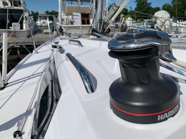013 2015 CATALINA 275 Sport Cruising/Racing Sailboat 2743621