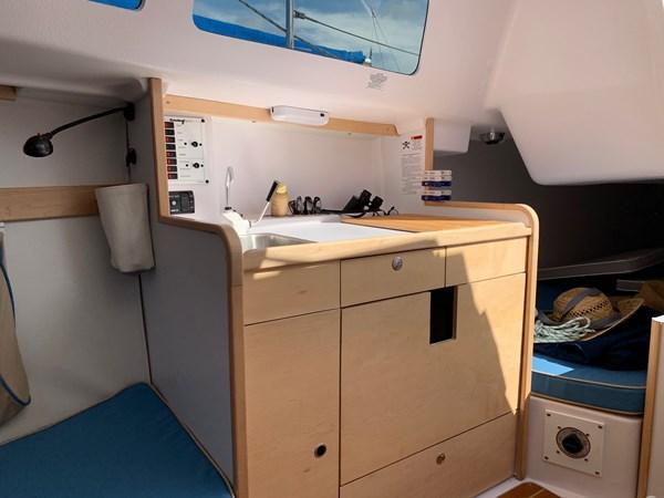 042 2015 CATALINA 275 Sport Cruising/Racing Sailboat 2743623