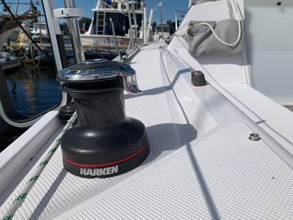 009 2015 CATALINA 275 Sport Cruising/Racing Sailboat 2743625