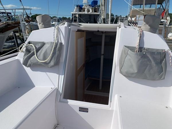 035 2015 CATALINA 275 Sport Cruising/Racing Sailboat 2743633