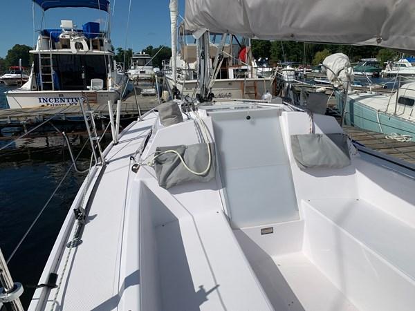010 2015 CATALINA 275 Sport Cruising/Racing Sailboat 2743639