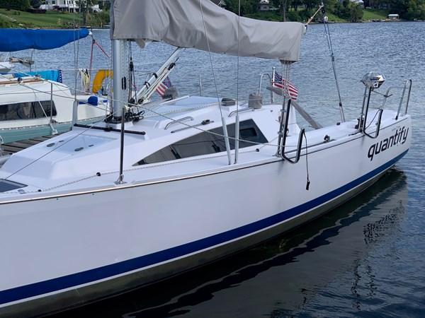 004 2015 CATALINA 275 Sport Cruising/Racing Sailboat 2743646