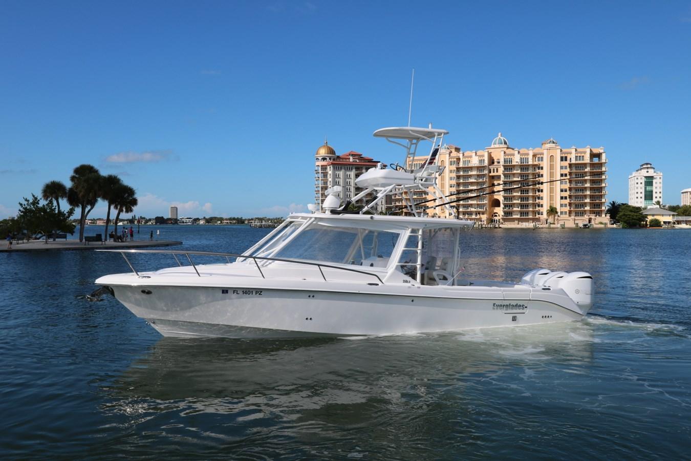 2015 Everglades 350LX 2015 EVERGLADES 350LX Walkaround 2743747