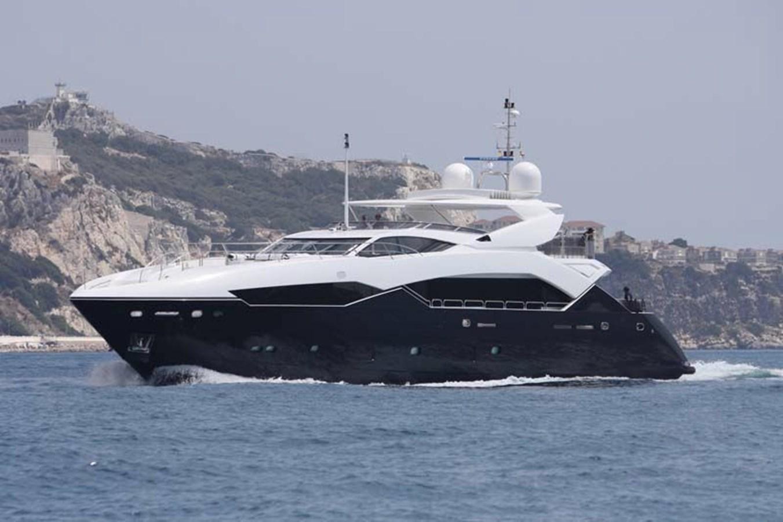 115-2011-Sunseeker-34-Metre-Yacht-01