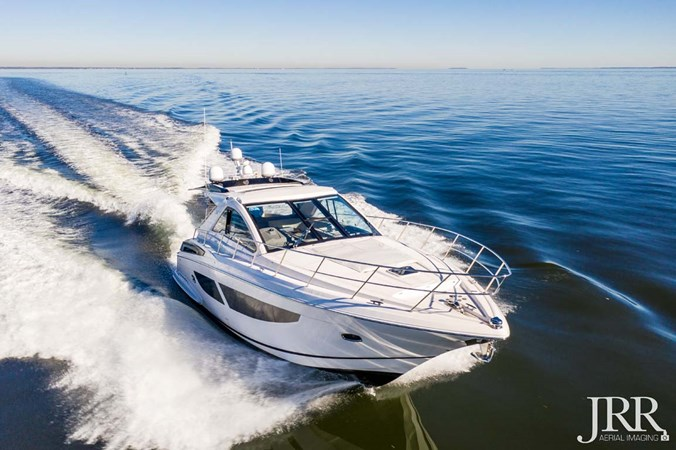 Starboard Bow 2017 REGAL 53 Sport Coupe Motor Yacht 2745538