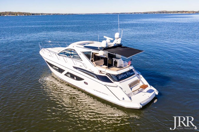 Port Stern 2017 REGAL 53 Sport Coupe Motor Yacht 2745541