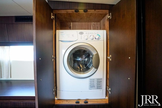 Washer and Dryer 2017 REGAL 53 Sport Coupe Motor Yacht 2745549
