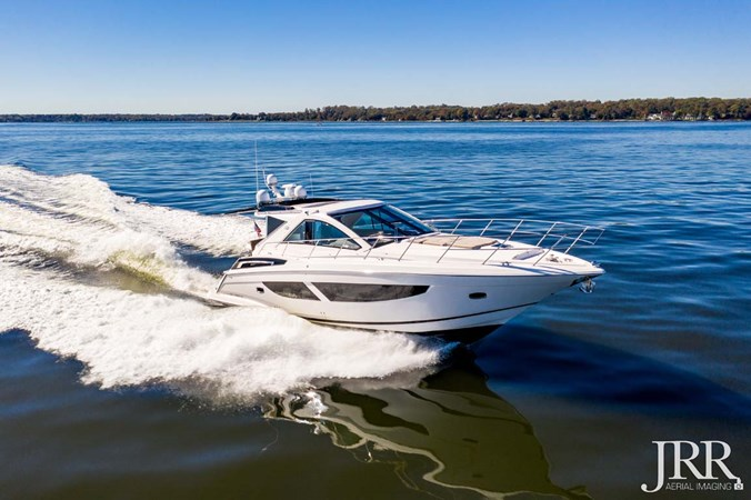Starboard Bow 2017 REGAL 53 Sport Coupe Motor Yacht 2745554
