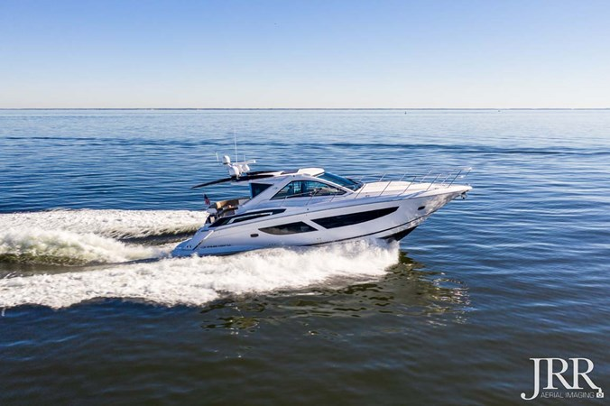 Starboard Profile 2017 REGAL 53 Sport Coupe Motor Yacht 2745573