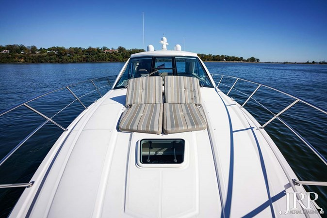 Bow 2017 REGAL 53 Sport Coupe Motor Yacht 2745576