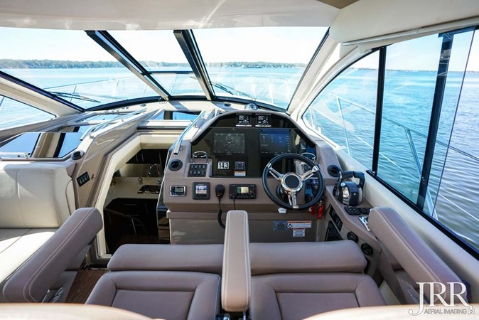Helm 2017 REGAL 53 Sport Coupe Motor Yacht 2745588
