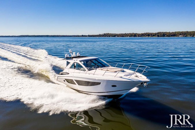 Starboard Bow 2017 REGAL 53 Sport Coupe Motor Yacht 2745590