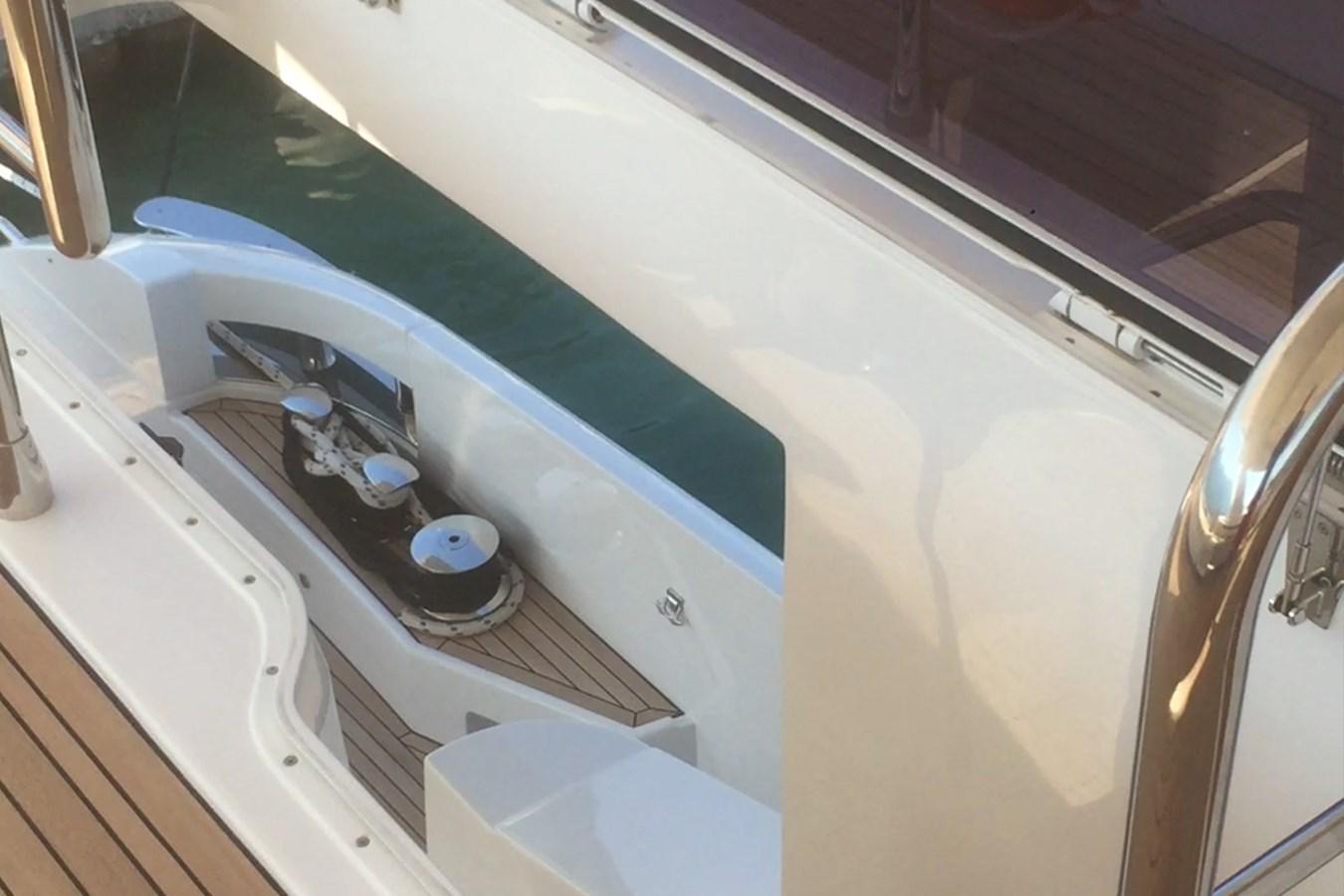 Hatch on flybridge 2018 AZIMUT 80 Motor Yacht 2746620