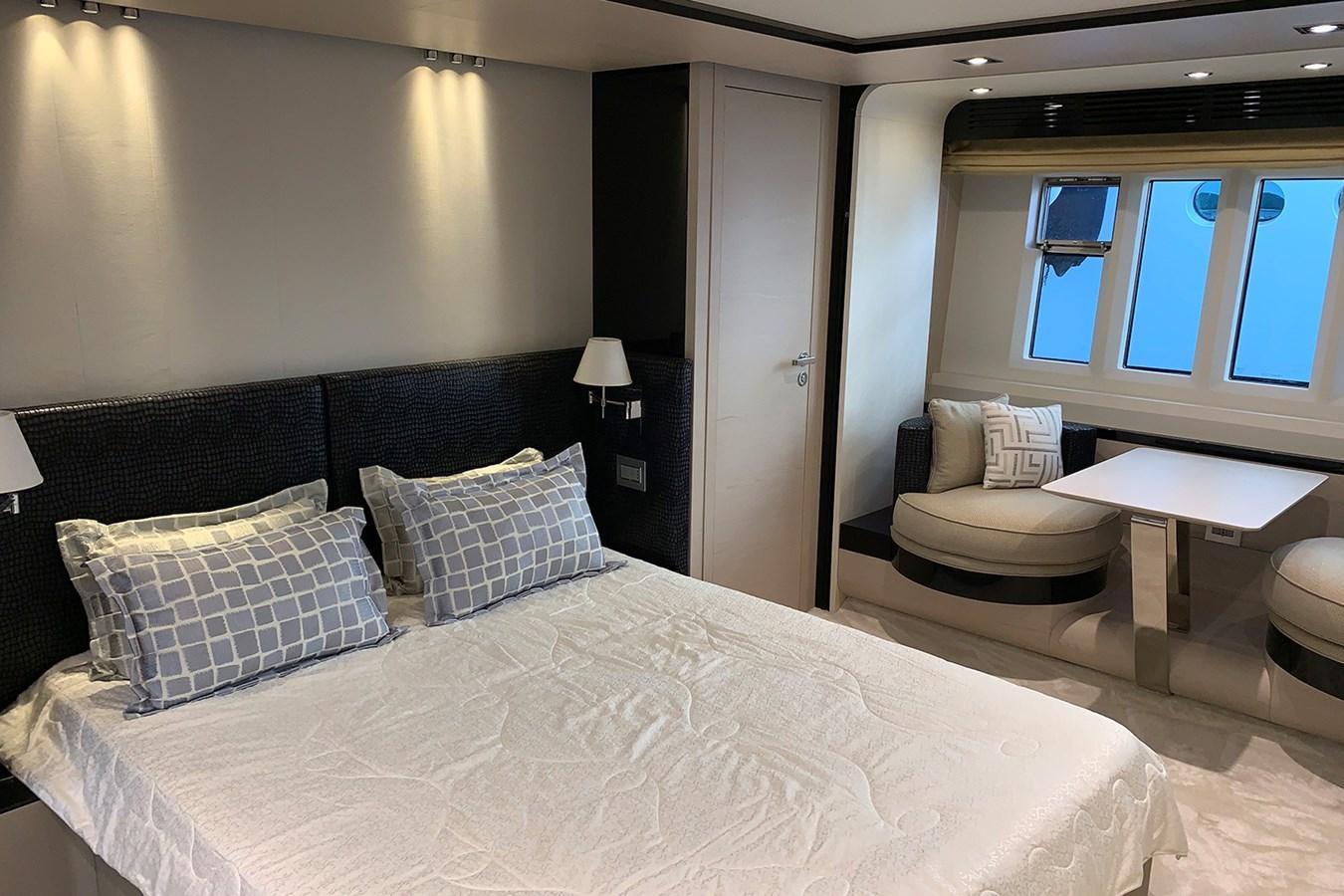 Master cabin 2018 AZIMUT 80 Motor Yacht 2746645