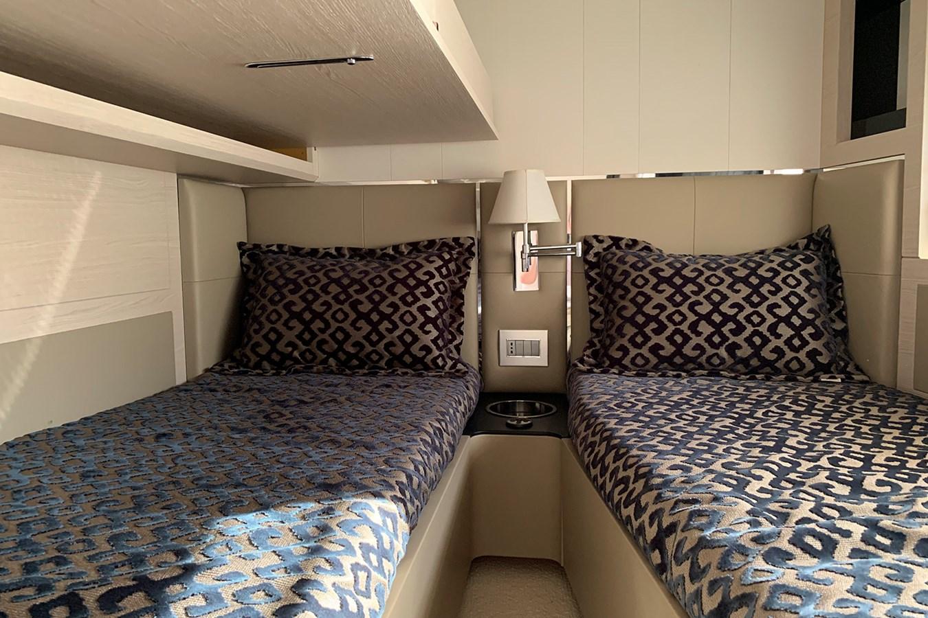 Guest cabin 2018 AZIMUT 80 Motor Yacht 2746655