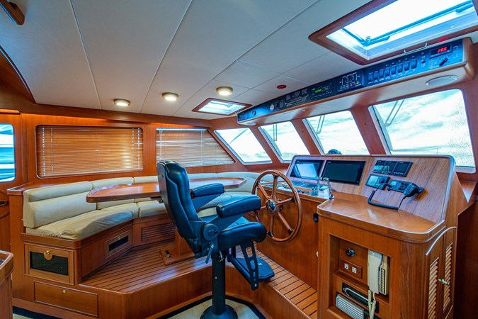 2004 MARLOW 70E Motor Yacht 2746831