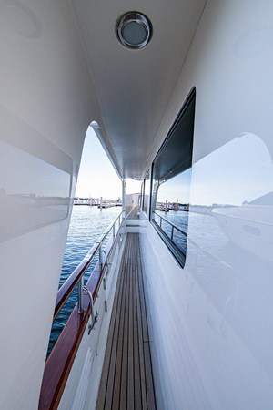 2004 MARLOW 70E Motor Yacht 2746843