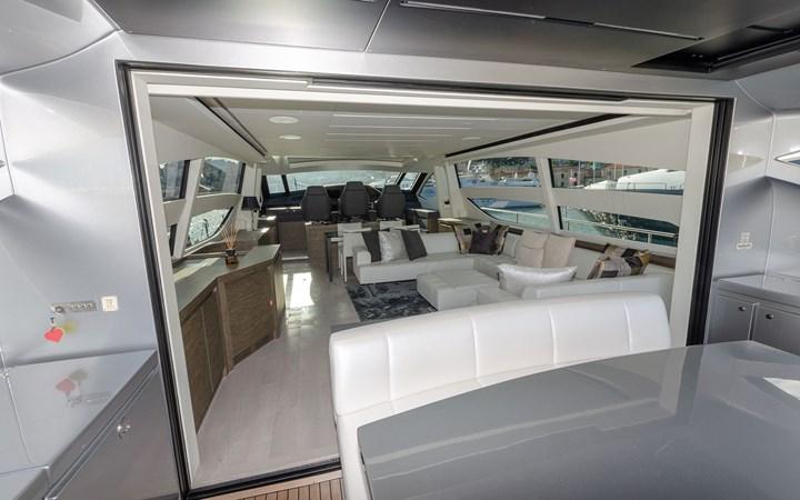 14695.6 2018 PERSHING  Motor Yacht 2747909