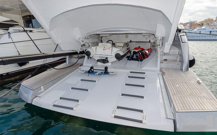 14695.7 2018 PERSHING  Motor Yacht 2747914