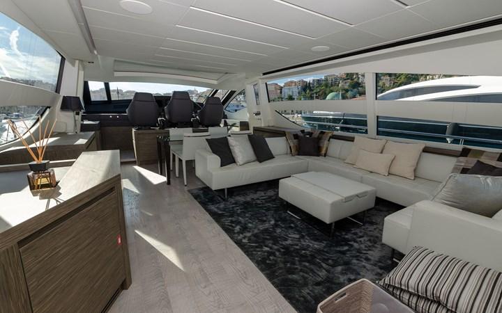 14695.1 2018 PERSHING  Motor Yacht 2747915
