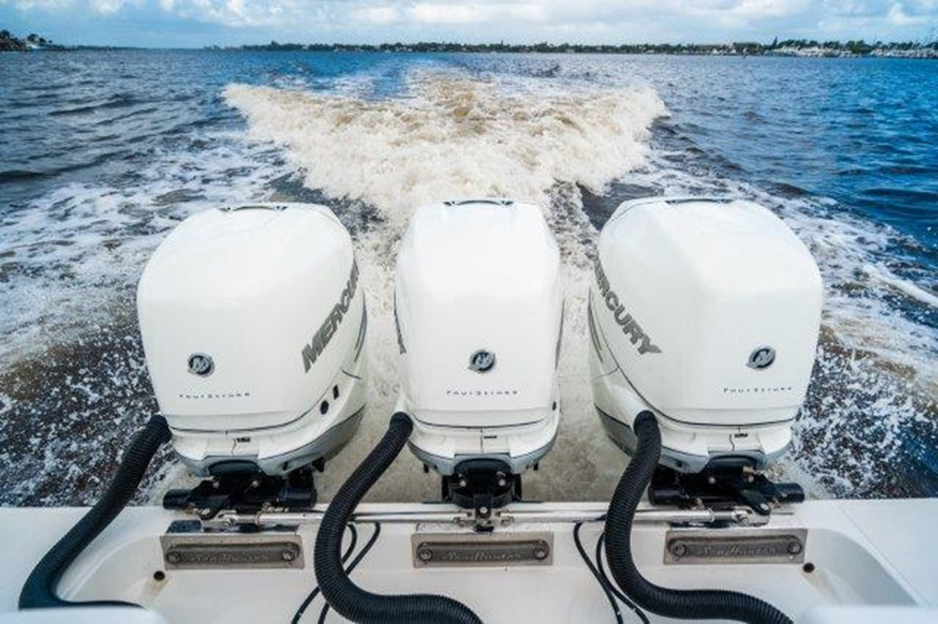 Engines 2015 SEA HUNTER  Sport Fisherman 2749126