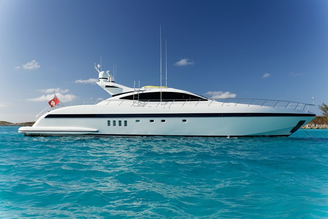 IMG_9103_DXO 2006 OVERMARINE - MANGUSTA 92  Motor Yacht 2749956