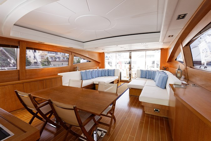 IMG_5632_DXO 2006 OVERMARINE - MANGUSTA 92  Motor Yacht 2749969