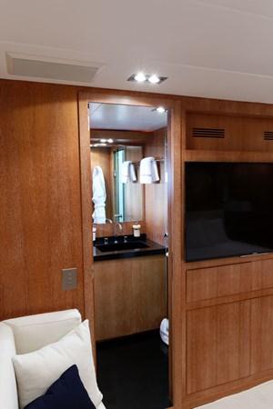 IMG_5566_DXO 2006 OVERMARINE - MANGUSTA 92  Motor Yacht 2749976