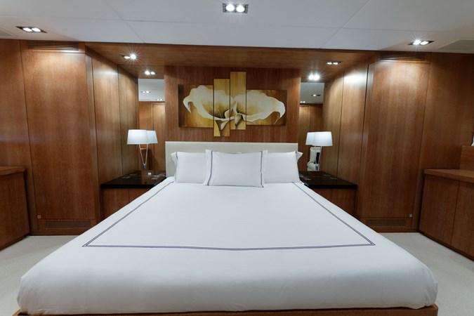 IMG_5555_DXO 2006 OVERMARINE - MANGUSTA 92  Motor Yacht 2749977