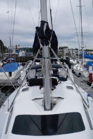 29 1998 HUNTER 340 Cruising/Racing Sailboat 2751040