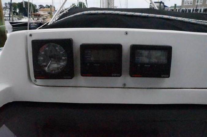 39 1998 HUNTER 340 Cruising/Racing Sailboat 2751047