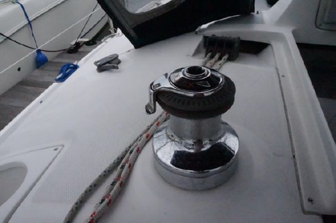 36 1998 HUNTER 340 Cruising/Racing Sailboat 2751054
