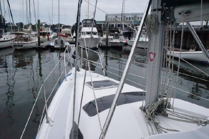 25 1998 HUNTER 340 Cruising/Racing Sailboat 2751082