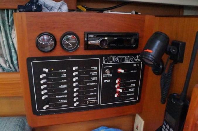 71 1998 HUNTER 340 Cruising/Racing Sailboat 2751098