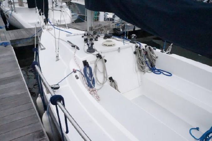 9 2000 CUSTOM Colgate 26 Cruising Sailboat 2751409
