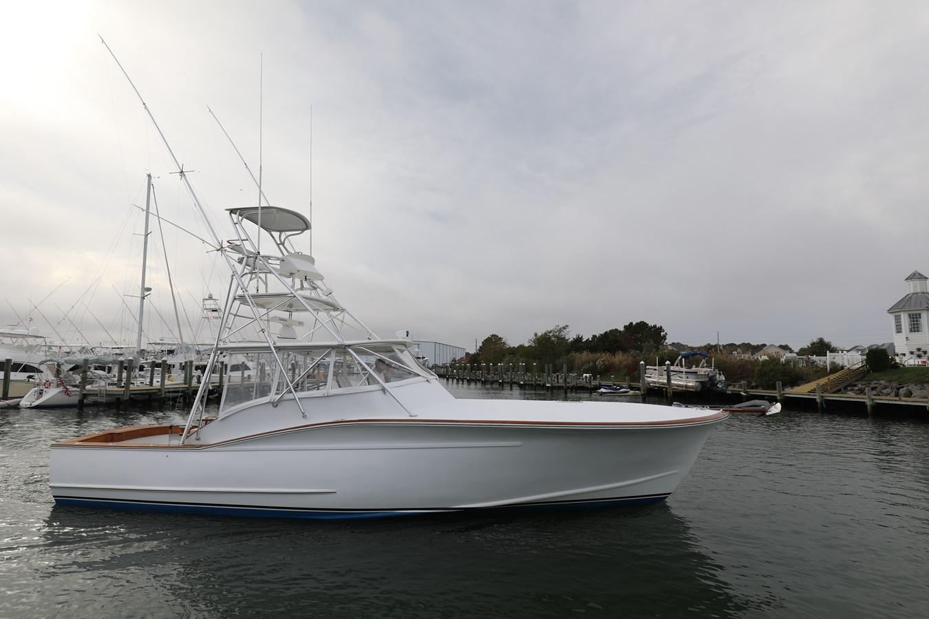 0L7A8842 2008 GILLIKIN  Sport Fisherman 2753168