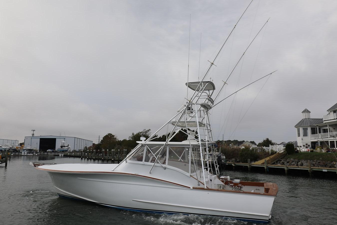 0L7A8866 2008 GILLIKIN  Sport Fisherman 2753171