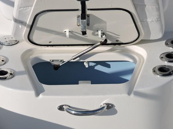 Livewell 2014 BOSTON WHALER 240 Dauntless Sport Fisherman 2815662