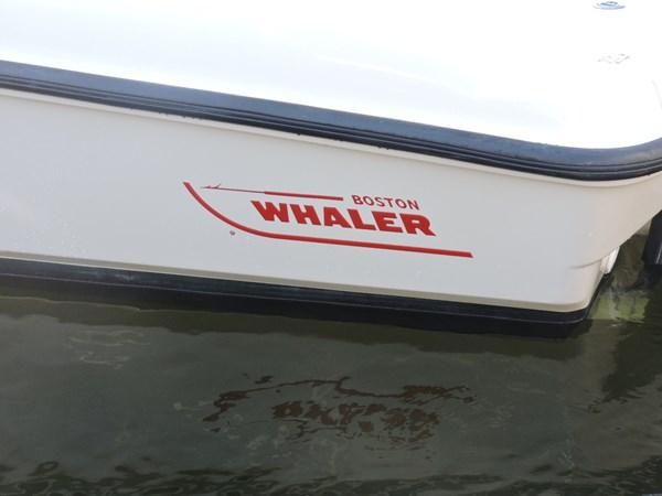 Logo 2014 BOSTON WHALER 240 Dauntless Sport Fisherman 2815663