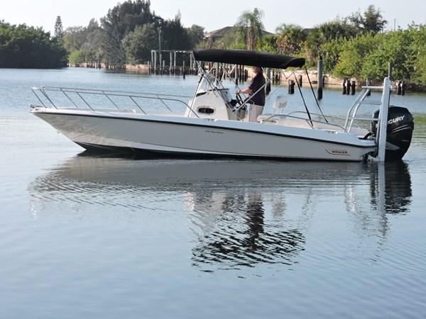 Profile 2014 BOSTON WHALER 240 Dauntless Sport Fisherman 2815664