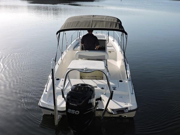 Transom 2014 BOSTON WHALER 240 Dauntless Sport Fisherman 2815671