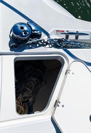 Anchor Storage 2007 BOSTON WHALER 305 Conquest Cruiser 2753046