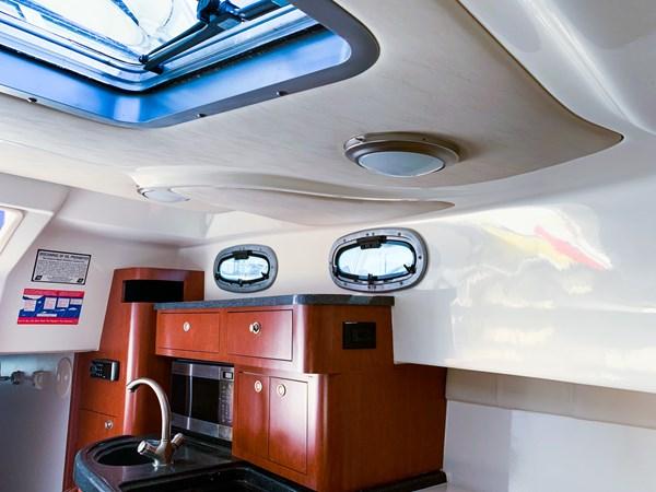 Galley 2007 BOSTON WHALER 305 Conquest Cruiser 2753050