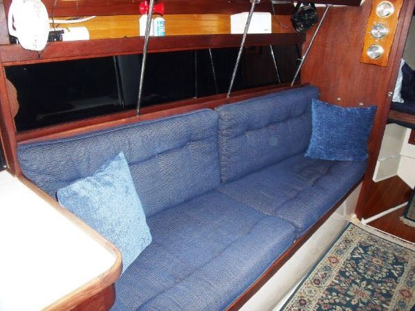 17 1990 CATALINA  Cruising Sailboat 2753450