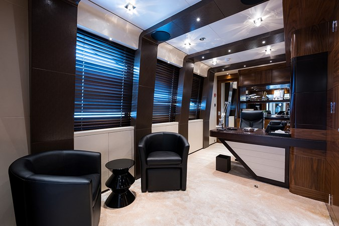 Quantum of Solace_master_office_1 2012 TURQUOISE YACHTS  Mega Yacht 2796383