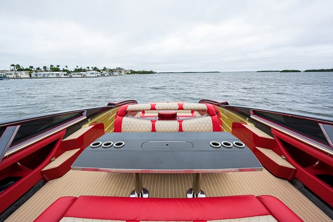 Lady Lisa_dinette_6 2011 NOR-TECH Performance Boat High Performance 2767769
