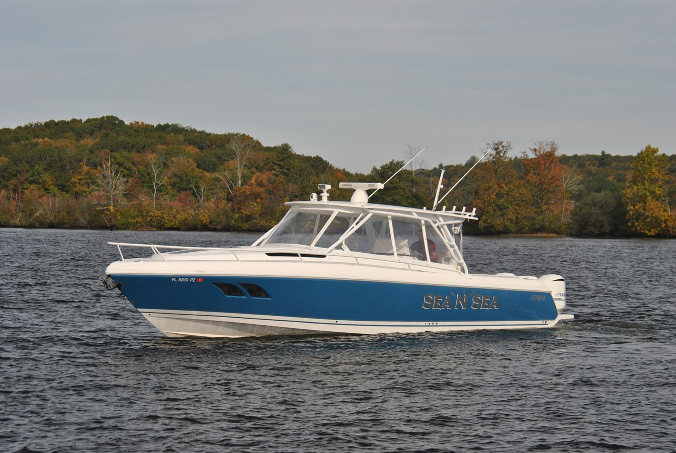 17 Profile 2015 INTREPID  Motor Yacht 2757400