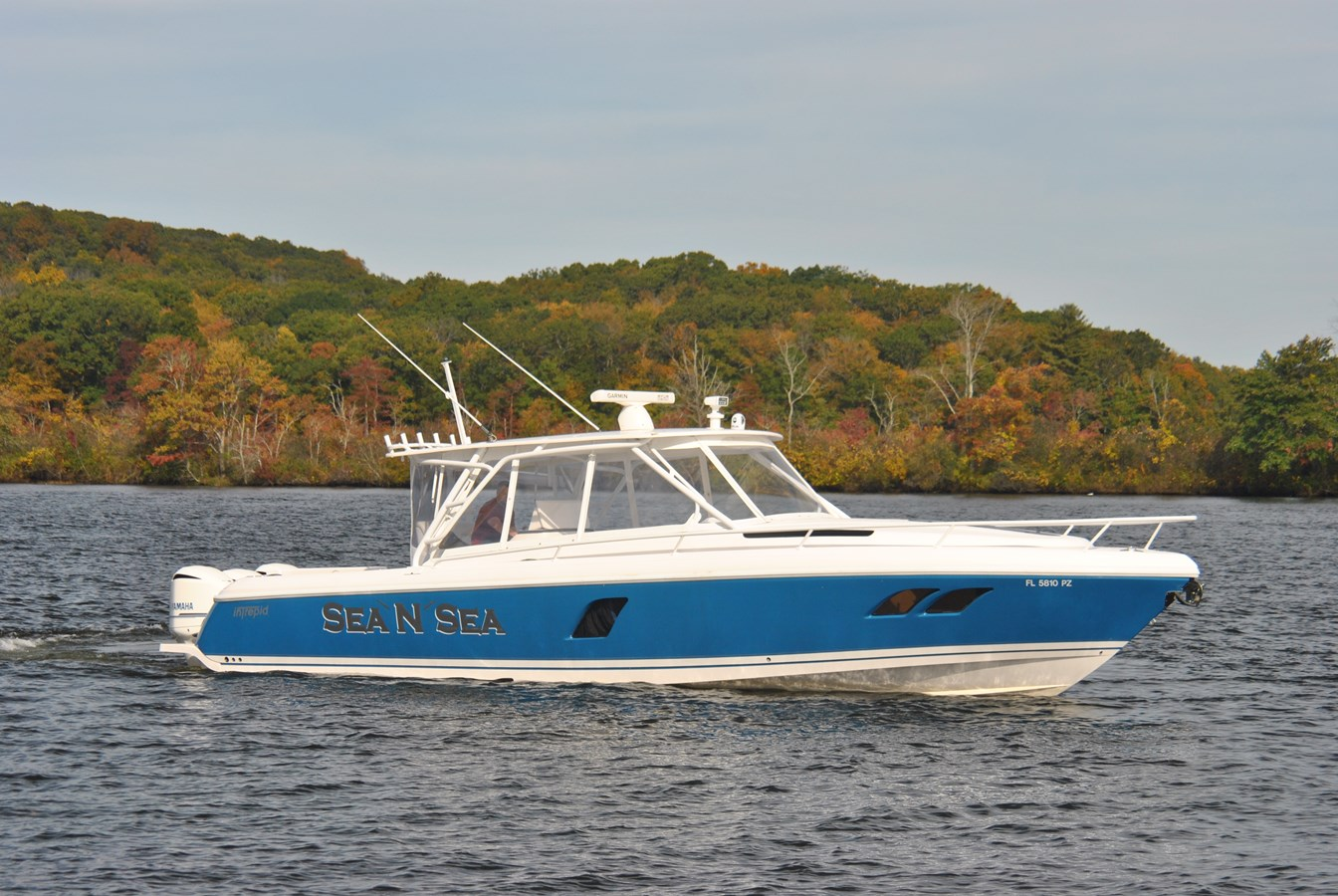 1 Profile 2015 INTREPID  Motor Yacht 2757403