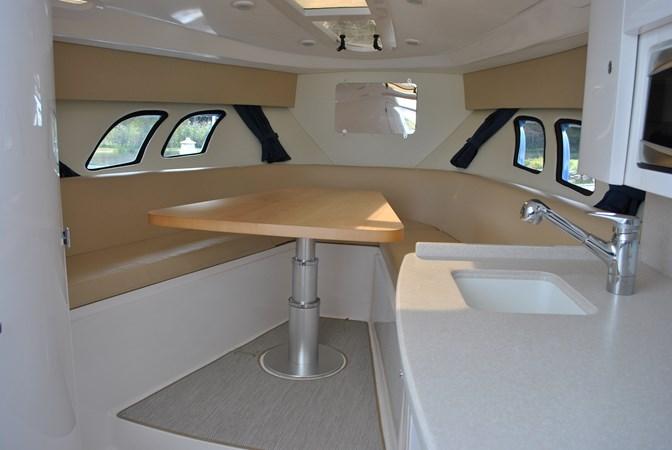 2 Settee 2015 INTREPID  Motor Yacht 2757392