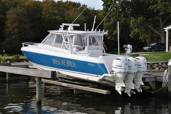 20 Always Lift Kept 2015 INTREPID  Motor Yacht 2757398